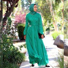 Artizara (@artizarafashion) • Instagram photos and videos African Maxi Dresses, Muslim Dress, Dress To Impress, Islamic, Formal Dresses, Stylish, Videos, Unique, Photos