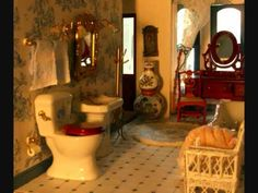 Great video tour of a Victorian dollhouse