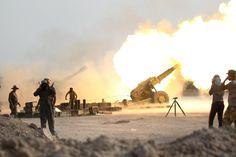 Auf die rund 50.000 eingeschlossenen Zivilisten in Falludscha nehmen die...