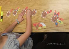 Turkey Categories - Just a week or so until Thanksgiving. Here's a free printable for you. This receptive language activity is great because it works for non-readers! - Pinned by @PediaStaff – Please visit http://ht.ly/63sNt for all (hundreds of) our pediatric therapy pins