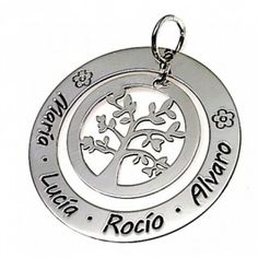 Colgante de plata de primera ley doble personalizable con un árbol de la vida y nombres grabados alrededor, de 3,4 cm de diámetro