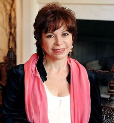 Photograph:Isabel Allende in 1998.