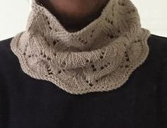 Ravelry: Waverly Weekend Cowl pattern by Donna Brooks, Free Pattern Cascade Yarns Venezia Worsted Yarn weight Worsted wpi) ? Gauge 18 stitches = 4 inches Needle size US 8 - mm Yardage 150 - 250 yards - 229 m) Sizes available Various Crochet Cowl Free Pattern, Loom Knitting Patterns, Lace Knitting, Knit Crochet, Crochet Patterns, Knitted Cowls, Scarf Patterns, Knitting Tutorials, Crochet Granny