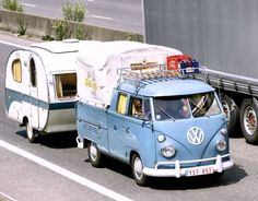 Volkswagen Combi-http://pascalpierart.free.fr/HTML/new/start.htm