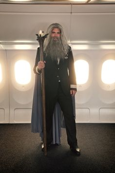 Behind the Scenes of Air New Zealand's Hobbit Safety video. #airnzhobbit http://theflyingsocialnetwork.com/hobbitsafetyvideo