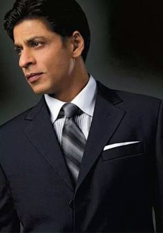 Shahrukh Khan for Belmonte Bollywood Actors, Bollywood Celebrities, My Name Is Khan, King Of Hearts, Hrithik Roshan, Shahrukh Khan, Favorite Person, Actors & Actresses, Sexy Men