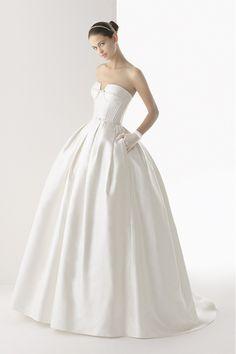 USD 146.99 Great Wedding Dresses Strapless A Line/Princess Sweep Train Satin