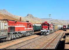 RailPictures.Net Photo: DE22 074 TCDD DE22 Class at Between Kayseri and Adana, Turkey by Daniel SIMON