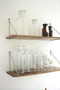 Love the simple shelf hardware