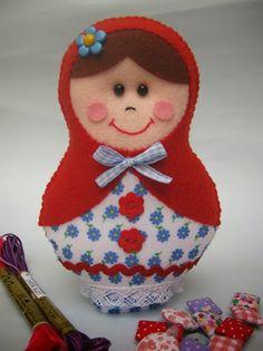 Molde boneca Matrioska de feltro - Artesanato Brasil