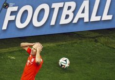 World Cup 2014: The Netherlands vs Argentina Semi-Final Highlights - Robben of the Netherlands reacts after missing a goal opportunity during their 2014 World Cup semi-finals against Argentina at the Corinthians arena in Sao Paulo. PAULO WHITAKER/REUTERS