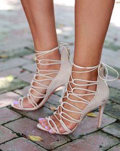 #Pink #Lace #Heels  www.JuntosLubricants.com