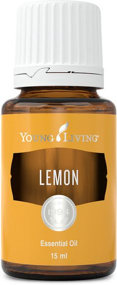 New to essential oils? This beginner's guide from Young Living will make you an expert with tips and the benefits of using Lavender essential oil, Peppermint essential oil, and more! Lemon Essential Oil Benefits, Chamomile Essential Oil, Grapefruit Essential Oil, Tea Tree Essential Oil, Essential Oil Uses, Young Living Essential Oils, Young Living Lemon, Essential Oils Cleaning, Diffuser