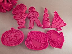 Cookie Cutters Christmas Bell Bear Tree Angel Snowman Press Molds Vintage 1980's