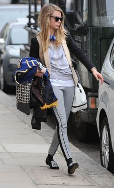 Any given day outfits: Cara Delevigne, en Londres - C