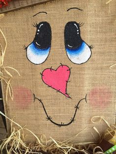 Pallet scarecrow fall decor by TiffinyHDesigns on Etsy … Scarecrow Face, Scarecrow Crafts, Fall Scarecrows, Scarecrow Painting, Fall Halloween, Halloween Crafts, Halloween Decorations, Pallet Crafts, Pallet Art