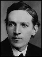 Upton Sinclair, author of The Jungle, King Coal, and many other novels about industrialization, went undercover as a factory worker for seven weeks in order to accurately portray the horrors of the meatpacking industry. His commitment to helping workers was totally sexy.
