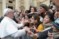 Resultado de imagem para papa Francisco e os jovens