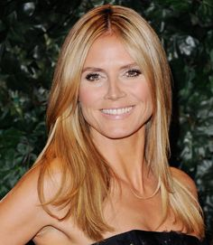 Heidi Klum at the QVC Red Carpet Style Party. See all the Oscars prepary action!