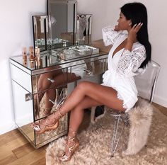 """axdorable: """"Queen of Glam"""" - beauty XIV - Rich Lifestyle Elegantes Outfit Frau, Boujee Lifestyle, Rangement Makeup, Deco Design, Beauty Room, My New Room, Bedroom Decor, Bedroom Ideas, Cute Outfits"""