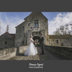 All Images are the sole property of Thomas Pignat. Any reproduction, reprinting, and republishing of these images, without the sole permission of the photographer, are expressly forbidden. All individuals participating in said acts will be held liable. Thomas Pignat Photographe mariage dans l'Oise.