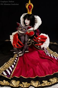 Red Queen of Hearts, from the videogame Alice Madness Returns by @Neferet_Cosplay. #cosplay