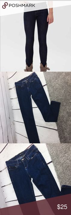 """{BKE} Reserve Payton Skinny Stretch Jeans Stretch skinny jeans """"Payton"""" style by BKE Reserve .  Dark wash .  Perfect for long sweaters and boots in the fall!! EUC, like new .  All measurements taken flat .  Size 25 measures 30"""" Inseam , 7.5"""" rise , 13.5"""" across waist .  F-41 BKE Jeans Skinny"""