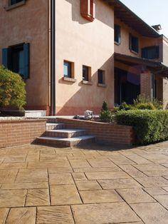 Piastrelle per esterno - Piastrelle per esterno per pavimentare un terrazzo secondo i propri gusti.