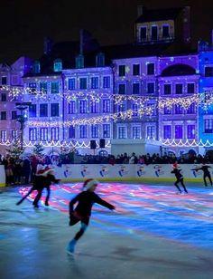 Ice skating at Old Town Square, Warszawa