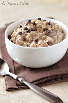 Cookie Dough Overnight Oats {Vegan, Gluten-Free, Low-FODMAP}  /  Delicious as it Looks