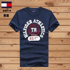 To*mmy Hil TH Athletics #85 NYC Summer Men T-shirt Camisa Nike, Boy Fashion, Mens Fashion, Lacoste, Fleece Shorts, Little Designs, Summer Men, Vintage Design, Shirt Price