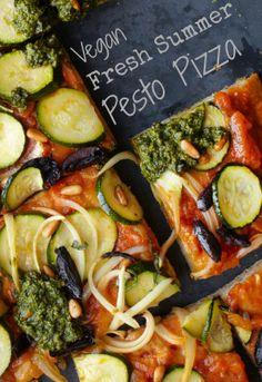 http://onegr.pl/1eJwIR8 #recipe, #vegan, #pizza, #vegetarian