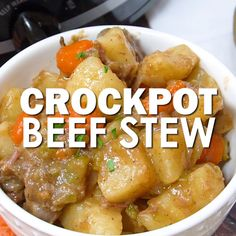 This classic beef stew recipe is made in a Crockpot and is the perfect dinner for a chilly fall day. This is the recipe I grew up on and is comfort food in a slow cooker. Made with simple ingredients, it's fast and easy to throw together and is ready for Beef Stew Crockpot Easy, Slow Cooker Beef, Beef Stee Crockpot, Simple Beef Stew, Slow Cook Beef Stew, Fast Crockpot Meals, Venison Stew, Classic Beef Stew, Fall Crockpot Recipes