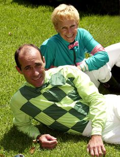 Julie Krone blogs about fellow Racing Hall of Fame  rider Gary Stevens's return to the track in the click through. A must-read!