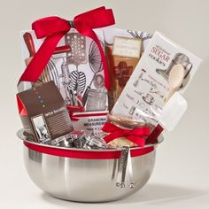 """Think outside the gift basket """"box!"""" A simple, creative, and inexpensive gift idea sure to please many different people on your list! Kitchen Gift Baskets, Diy Gift Baskets, Gift Hampers, Basket Gift, Jar Gifts, Food Gifts, Craft Gifts, Baking Basket, Auction Baskets"""