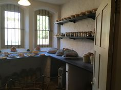 Recreation of a 1880 Victorian pantry larder at Audley End (English Heritage) Pantry Interior, Vintage Pantry, Walk In Pantry, Old Buildings, Historic Homes, Victorian Homes, Interior Inspiration, Restoration, English Heritage