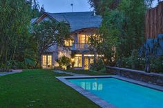 Jennifer Lawrence Lands a Celeb Pedigreed Pad In Beverly Hills | Variety