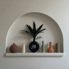 Webshop update with a wack of new pieces and special things next month 🐎 Mood Colors, Natural Homes, Color Shapes, Color Inspiration, Floating Shelves, Cool Designs, Decorative Plates, Room Decor, Ceramics