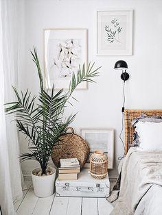 Home Interior Living Room .Home Interior Living Room Boho Bedroom Decor, Bedroom Vintage, Minimal Bedroom, Modern Bedroom, Home Interior, Interior Design, Grey Bedroom With Pop Of Color, White Bedroom Furniture, Luxurious Bedrooms