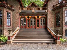 1838 Italianate For Sale In Stuyvesant New York Arched Windows, Floor To Ceiling Windows, Hudson River, Hudson Valley, Side Deck, Slate Roof, Flood Zone, Back Patio, Custom Cabinetry