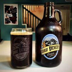 Marc's dad brought us beer from Colorado: Ouray Brewing's Box Canyon Brown.   Listen: http://brewbloods.net/iTunes http://brewbloods.net/rss http://brewbloods.net/stitcher
