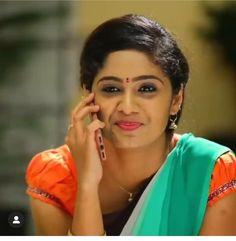 Beautiful Saree, Beautiful Indian Actress, Long Indian Hair, Gouda, Indian Hairstyles, Indian Beauty Saree, English Vocabulary, India Beauty, Indian Actresses