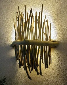 15 Beautiful Upcycle Wooden Branch DIY Ideas To Bring More Nature Into Your Home - All For House İdeas Driftwood Furniture, Driftwood Lamp, Rustic Lamps, Wood Lamps, Wood Sconce, Industrial Chandelier, Rustic Industrial, Tree Branch Decor, Tree Branches