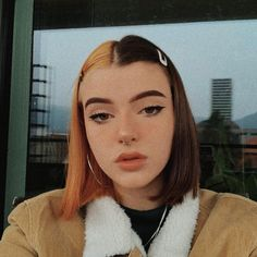 Find images and videos about hair, color and dyed on We Heart It - the app to get lost in what you love. Split Dyed Hair, Half Dyed Hair, Half And Half Hair, Et Tattoo, Multicolored Hair, Hair Reference, Aesthetic Hair, Dye My Hair, Grunge Hair