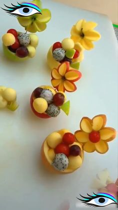 Are you looking for some ideas of Fruit Salad Recipes? So come here and find amazing ideas about making delecious Fruit Salad Recipes of Ultimate Fruit Salad Recipes You Can Whip Up in Minutes Food Crafts, Diy Food, Fruits Decoration, Food Decorations, Deco Fruit, Fruit Creations, Creative Food Art, Fruit And Vegetable Carving, Food Carving