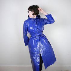Raincoats For Women Shops Info: 8517792386 Raincoat Outfit, Pvc Raincoat, Yellow Raincoat, Raincoats For Women, Jackets For Women, Rain Bonnet, Langer Mantel, Rain Wear, Coat Dress