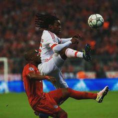 Resultado Final: FC Bayern Munique 1-0 SL Benfica | O golo dos alemães foi marcado aos 2 minutos por Arturo Vidal.