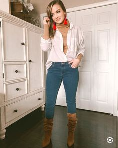 These slouchy brown boots are everything my wardrobe needed. They have become a major staple to chic up a simple look.