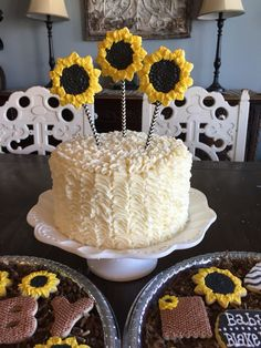 Sunflower cake and cookies