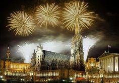 New Year's Eve 2015 Sylwester w Wiedniu http://biurokolumb.pl/index.php/sylwester-2014-2015/sylwester-2014-2015-w-austrii/sylwester-we-wiedniu-ekspress